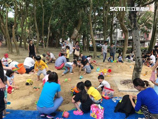 還我特色公園行動聯盟,台北市,共融式遊戲場,南港區,大鯨魚,玉成公園,沙坑