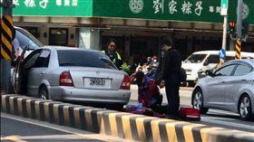台南西門路警匪槍擊 嫌犯6槍倒地