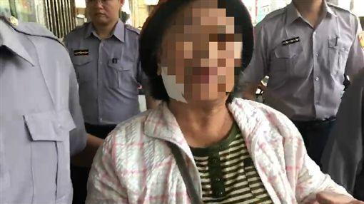 台南通緝犯被警6槍擊斃 媽媽怒:沒拿槍拒捕而已(圖/翻攝畫面)