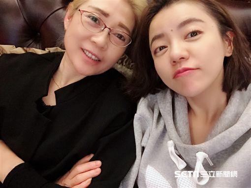 丁噹&媽媽(圖/相信音樂提供)