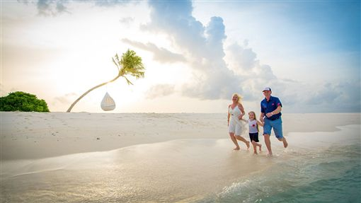 暑假親子同遊馬爾地夫 買大送小 小孩免費 業者提供