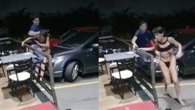 嫖客當街暴打賣淫女,原來對方是男的。(圖/翻攝YouTube)
