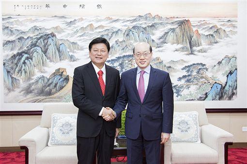 傅崐萁見中國國台辦主任劉結一_國台辦官網