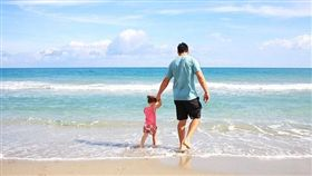 父愛、爸爸、父親、親情、男主內、家庭主夫、一家之主(圖/翻攝Pixabay)