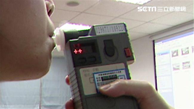 新北女車禍被發現酒駕 喊冤:電子煙害的