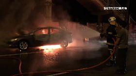 吵架燒車死1200