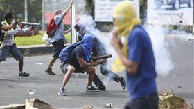 尼加拉瓜年金改革示威_美聯社
