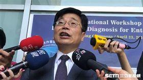疾管署長周志浩今(23)天拍胸脯保證,國內麻疹接種率從以前到現在都非常的高,不會有大規模流行。(圖/記者楊晴雯攝)