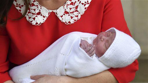 威廉王子,凱特王妃,小王子,嬰兒(圖/美聯社/達志影像)