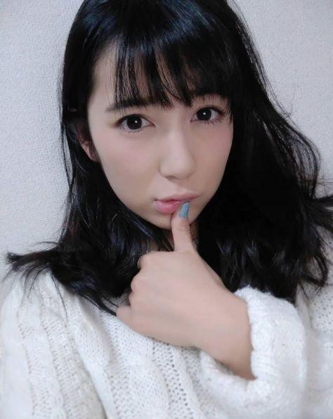 日本知名的二頭肌正妹才木玲佳,春麗(圖/翻攝自才木玲佳IG)