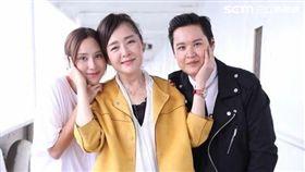房思瑜(左起)與恬妞因拍戲建立好交情。(圖/愛奇藝提供)