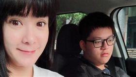 ▲陸元琪離婚後,獨立扶養孩子。(圖/翻攝自臉書)