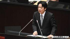 行政院長賴清德前往立法院進行施政報告。 圖/記者林敬旻攝