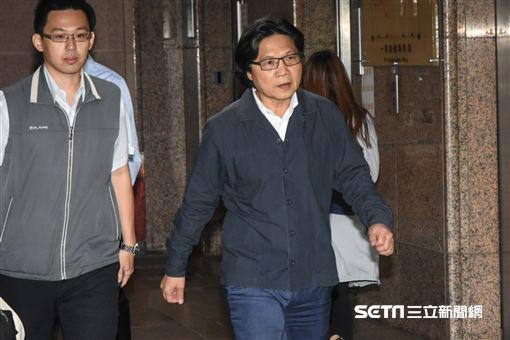 內政部長葉俊榮召開臨時記者會譴責八百壯士暴力。 (圖/記者林敬旻攝)