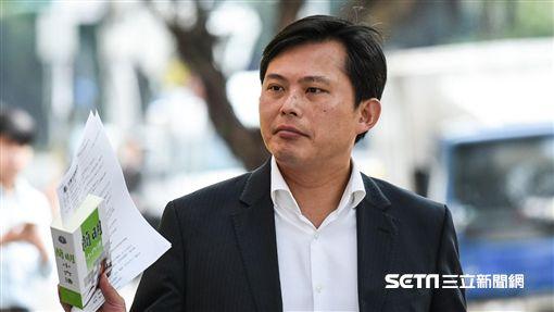 時代力量占凱道,台北地檢署傳黃國昌等五立委到案。 圖/記者林敬旻攝
