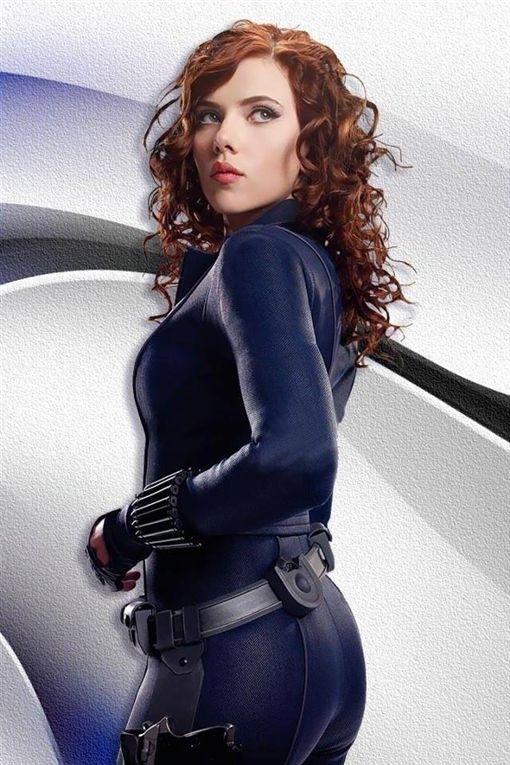 好萊塢性感女星史嘉蕾喬韓森自曝在飛機上洗手間糗事。(圖/翻攝自Scarlett Johansson 臉書)