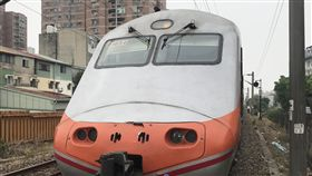 台鐵,自強號,火車(翻攝畫面)