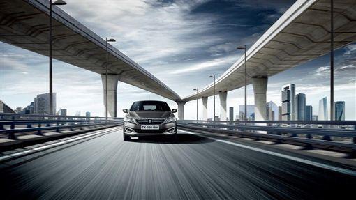 PEUGEOT與歐力士租車推出301長租方案。(圖/PEUGEOT提供)
