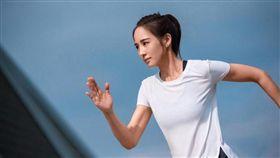adidas代言人張鈞甯率先體驗CLIMA系列,邀跑者及運動愛好者戰勝炎夏。(圖/品牌提供)