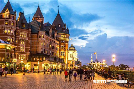 加拿大歐風城堡。(圖/加航提供)