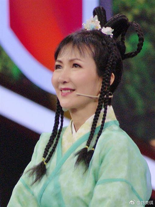 ▲▼陳美琪26年前在《新白娘子傳奇》的扮相。(圖/翻攝自微博)