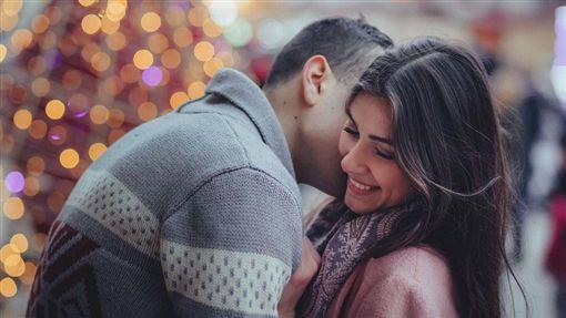 -接吻-親吻-戀愛-兩性-圖/Pixabay