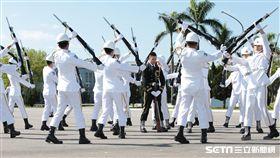 海軍上兵蘇祈麟三軍儀隊槍法競賽 軍聞社提供