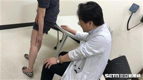 根據李紹榕醫師的觀察,近幾年來門診中因「靜脈曲張」求診的年輕病人有3至4成的成長。(圖/萬芳醫院提供)