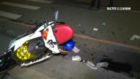 婦人巷內突竄出 新店19歲情侶撞電箱1死2傷