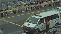 「又來了…」反年改再戰立院 台大醫:祈禱別有緊急狀況 圖/翻攝自台大醫施景中臉書