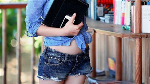 性感女學生,裸體_pixabay