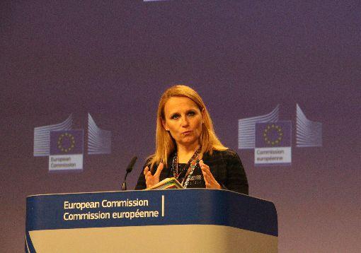 歐盟代表28成員國挺台參與世界衛生大會歐盟對外事務部發言人柯契姜琪克8日於比利時接受中央社記者訪問,明確表示歐盟支持台灣參與世界衛生大會(WHA)。圖為她稍早主持歐盟記者會的情形。中央社記者唐佩君布魯塞爾攝 107年5月9日