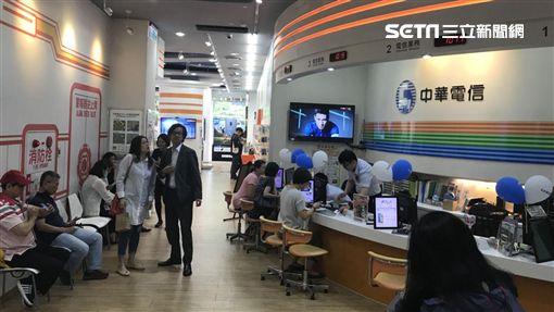4G吃到飽再掀戰!中華電信門市,遠傳電信門市,台灣大哥大門市,中華電信,遠傳,台灣大哥大