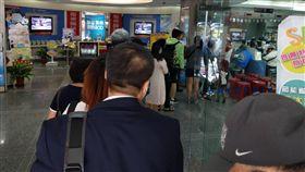 中華電信排隊照片 (編輯攝影版權可用)