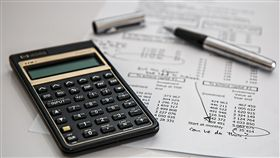 -計算機-算錢-財務-記帳-(圖/pixabay)