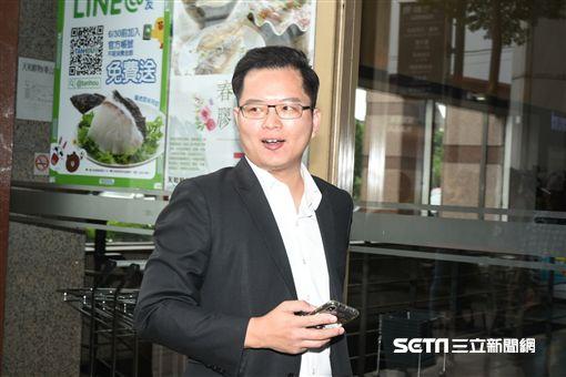 民進黨中央選對會召集市議員商討北市選戰布局,王威中。 (圖/記者林敬旻攝)