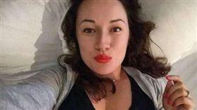 美國一名女子僅和對方約會過一次,瘋狂跟蹤、騷擾遭起訴。(圖/翻攝Daily Mail)