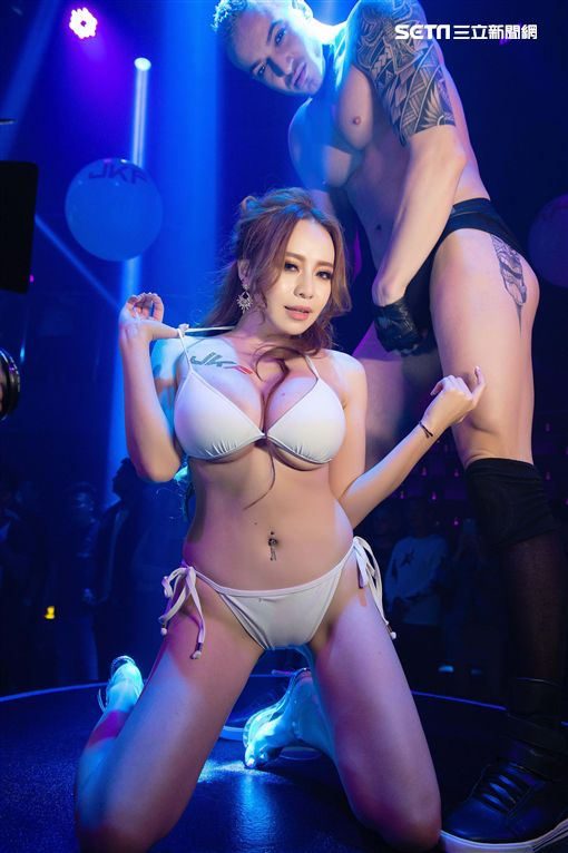 JKF女郎,「拉斯維加斯」國際級夜總會高雄秀屋(Show House Kaohsiung)(圖/JKF提供)