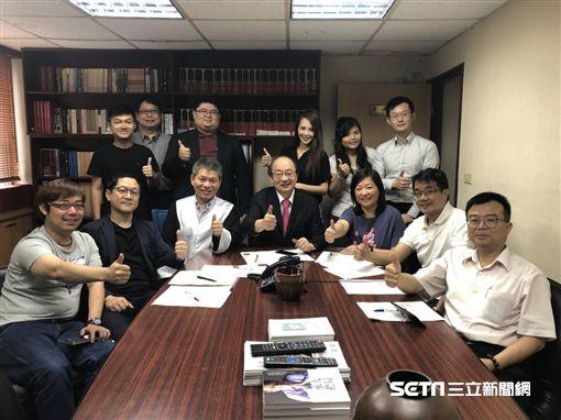 民進黨團總召柯建銘表示,馬英九終於為其濫權付出代價,感佩法官讓司法青天重現。(圖/柯建銘辦公室提供)