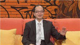 馬英九被判4個月 名嘴發祭品文「馬坐牢請吃雞排!」 圖/翻攝臉書