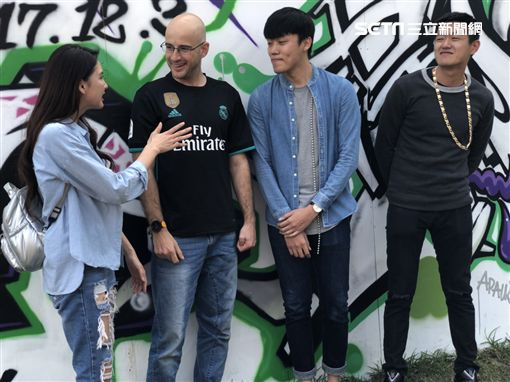 吳鳳和韋汝和客家網紅團體J.A.M共同拍MV
