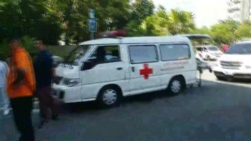 7輛民間救護車集體被拖吊 醫院險鬧空城