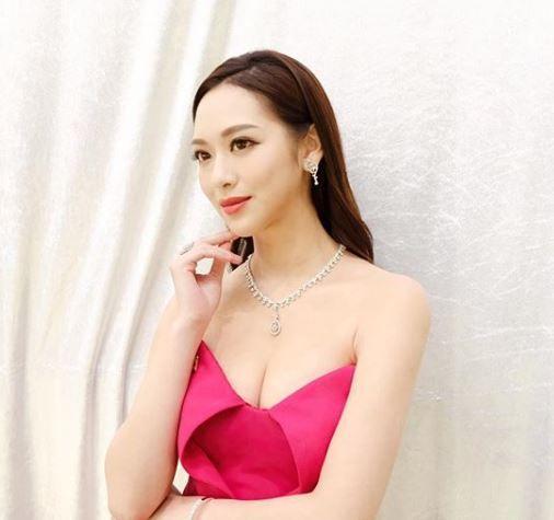 馮盈盈(圖/翻攝自IG)