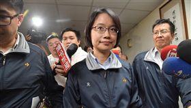 吳音寧穩坐北農總經理台北農產公司28日開董事會,總經理吳音寧順利通過董事會內不適任質疑,穩坐總經理職務。中央社記者王飛華攝 107年3月28日