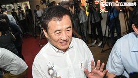 北農董事長陳景峻出面召開董事會。 (圖/記者林敬旻攝)