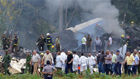 古巴航空墜機釀110死3傷。(圖/翻攝自推特)