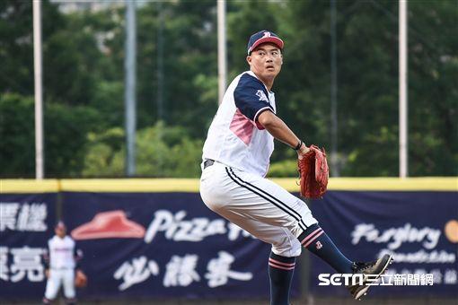 中信兄弟投手鄭錡鴻。 (圖/記者林敬旻攝)