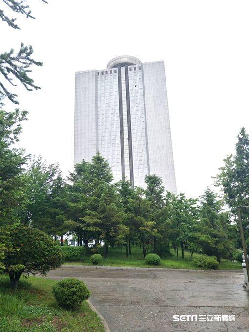 ▲平壤羊角島飯店。(圖/記者林辰彥攝影)