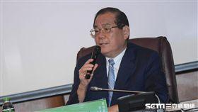 前總統府秘書長曾永權出席總統直選與民主台灣學術研討會 圖/記者林敬旻攝