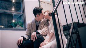 李國毅、謝欣穎吻戲浪漫唯美(圖/歐銻銻娛樂提供)